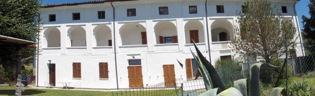 Facciata dell'edificio a Bollengo d'Ivrea